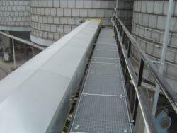 Conveyor belts for cereal bases