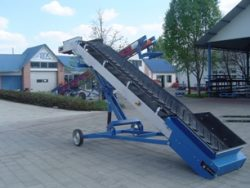 Conveyor belts used in agriculture